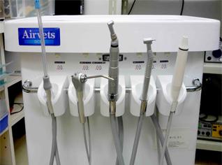 歯科治療器